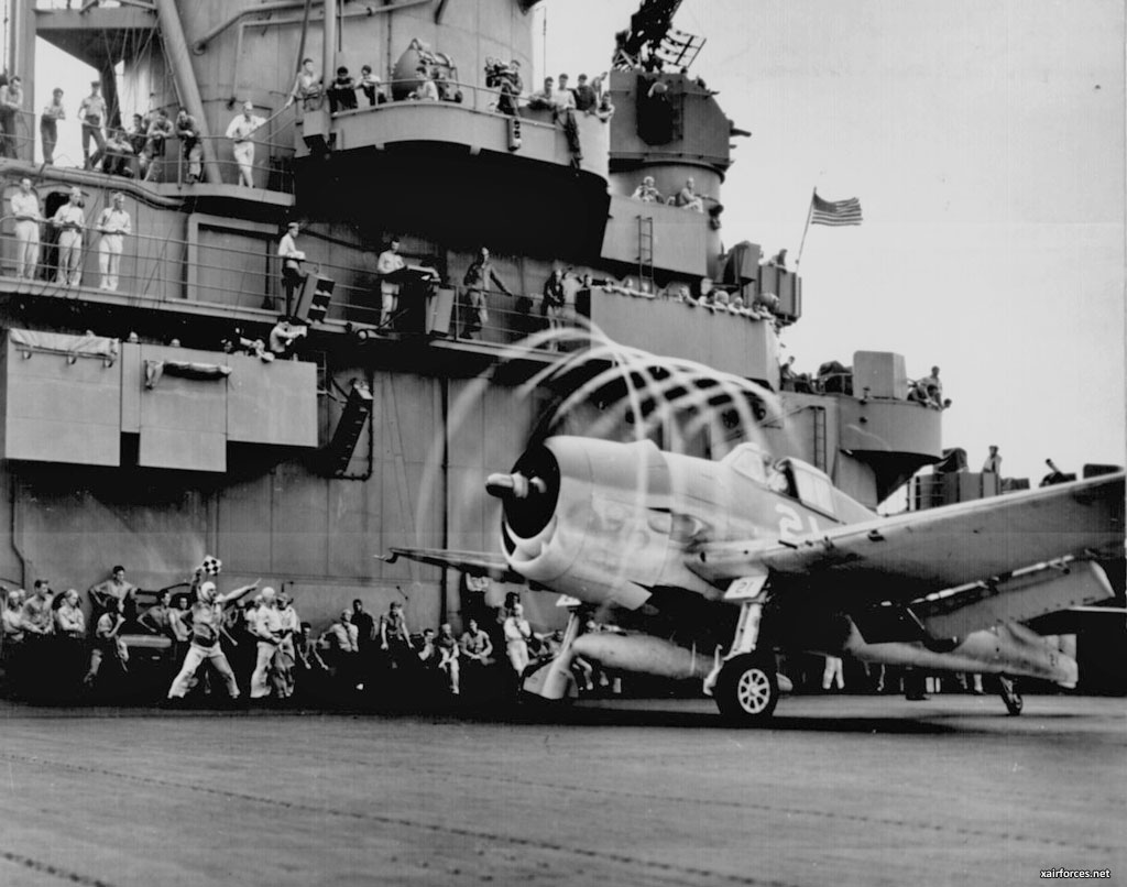Grumman F6F Hellcat on USS Yorktown, November 1943