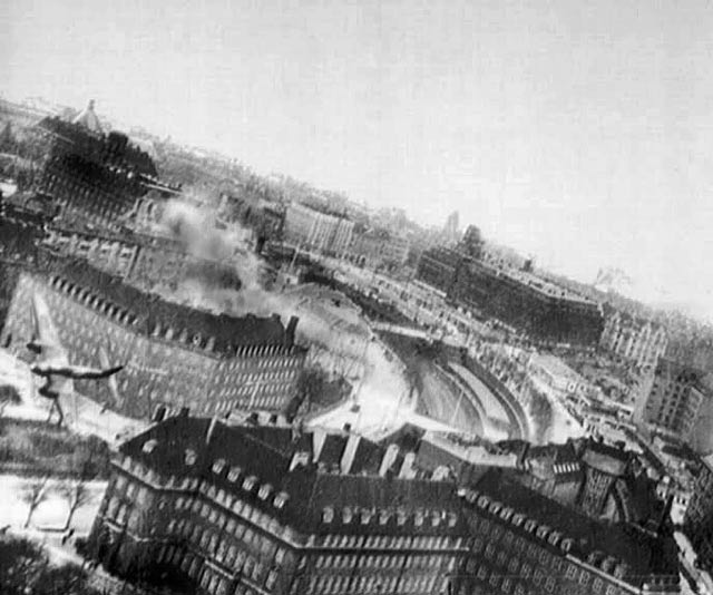 21 March 1945 - The Bombing of the Shellhus